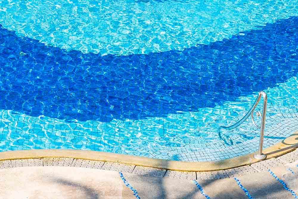 Realizziamo piscine fuori terra e interrate